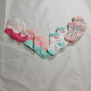 4 pair of Baby Girl Different Patterns 3-6m Socks